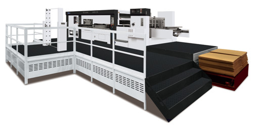 应用变频器控制主电机,无极调速,运行平稳.