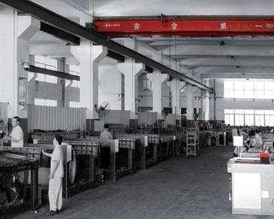 竞逐世界级名企 探劲豹机械生产车间